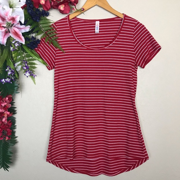 LuLaRoe Tops - ☀️LuLaRoe red and white striped classic tee